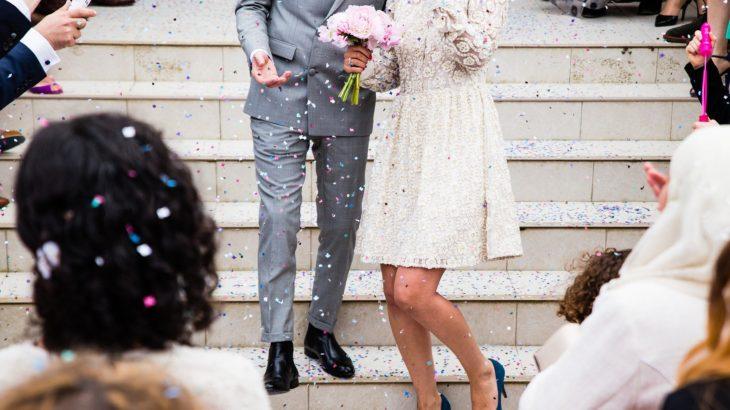 結婚式で歌うべき曲とは? 歌ってはダメな曲もあり