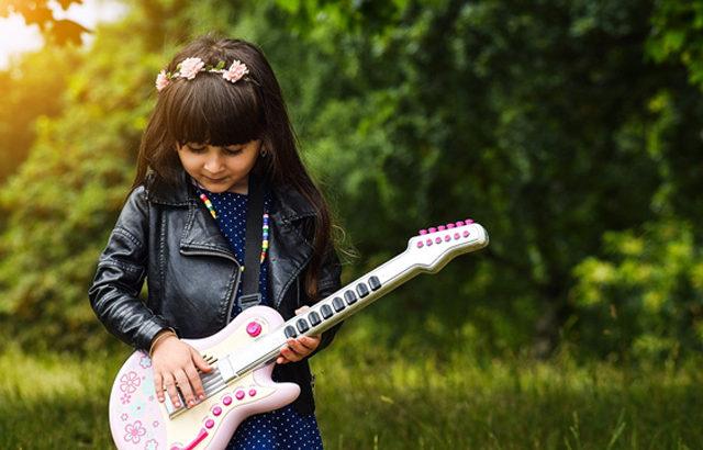 ギターボーカルが難しい理由とは?